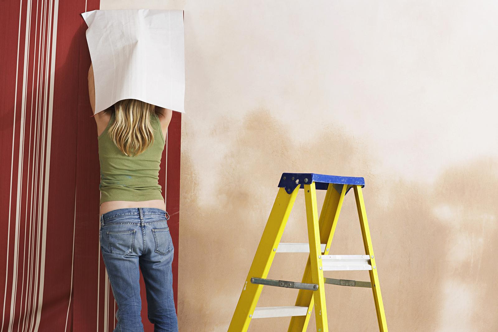 tapezieren – mit dieser diy-anleitung kein problem