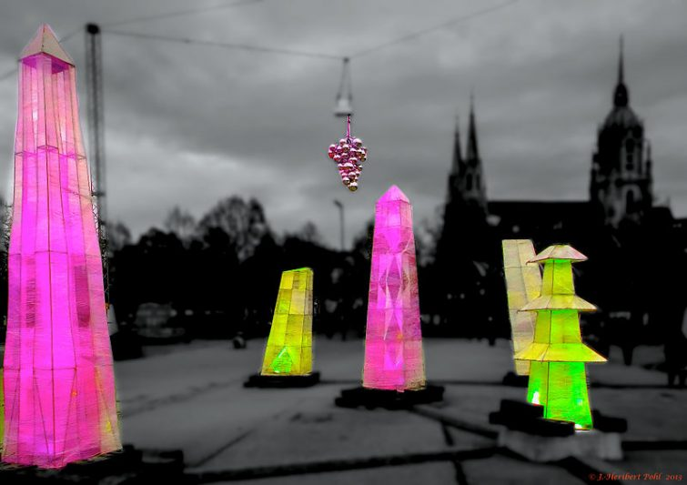 München,_Tollwood_Festival,_(Winter_2013)_(11547456066)
